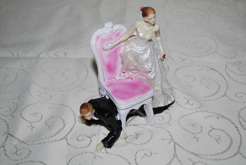 marturie_nunta_figurina_de_tort_pentru_nunta2
