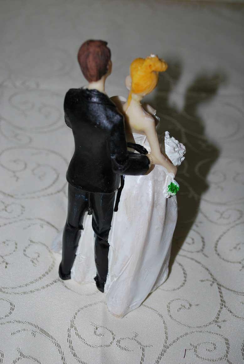 marturie_nunta_figurina_de_tort_pentru_nunta3