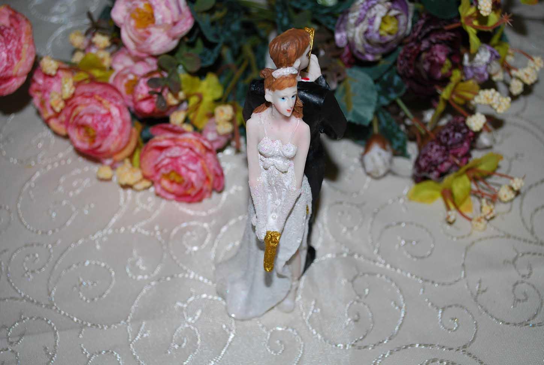 marturie_nunta_figurina_de_tort_pentru_nunta_mr_and_miss_smith2