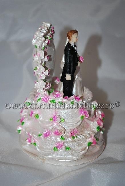 Marturii_nunta_figurina_tort_miri_stand_pe_tort2