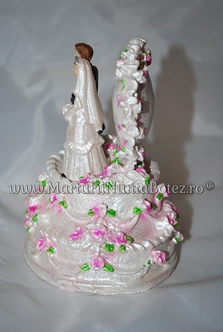 Marturii_nunta_figurina_tort_miri_stand_pe_tort4